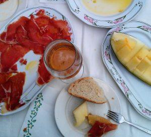 Spaans ontbijt met tostada