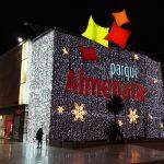 Kerstsfeer in het winkelcentrum Almenara in Lorca